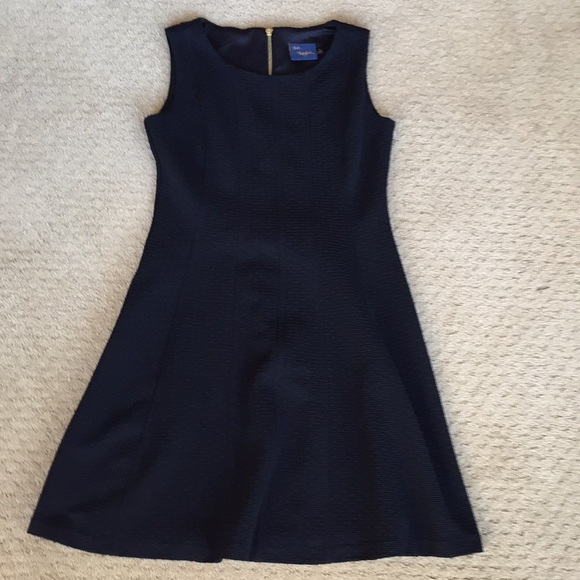 8c0c68d7c8a Taylor Dresses   Skirts - New Dress by Just.